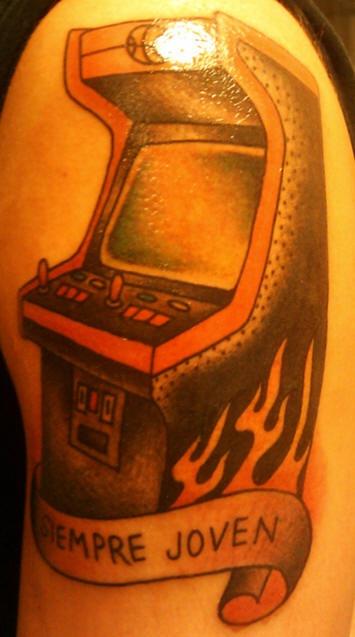 Macchina mangiasoldi tatuaggio