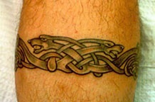 Braccialetto in stile animale tatuato