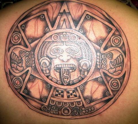 Sol Azteca Tatuaje tatuaje del sol azteca en piedra. - tattooimages.biz