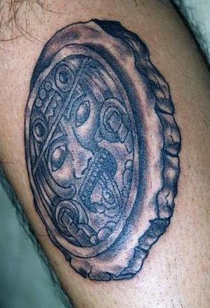 Azteco sacro tatuato