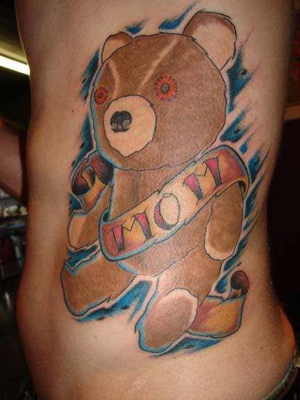 con amore di mamma orsacchiotto tatuaggio