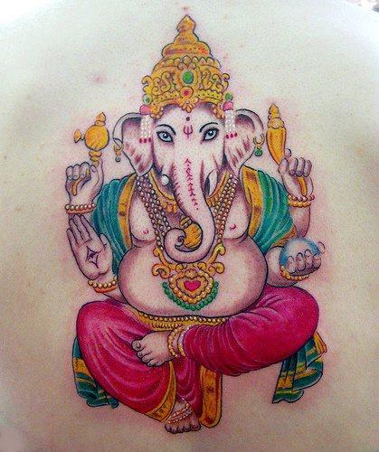 """impressionante ganesha indu"""" tatuaggio colorato"""