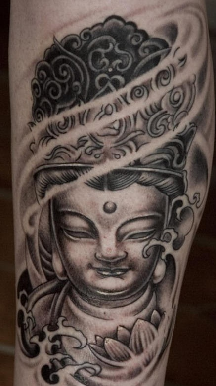 origginale statua budda  tatuaggio