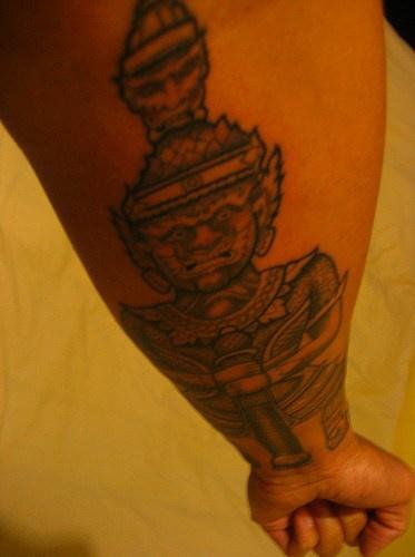 """buddista di pietra divinita"""" tatuaggio"""