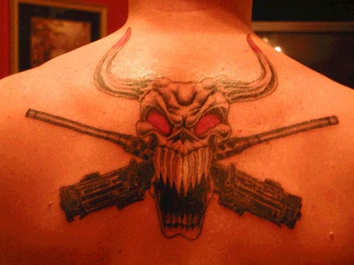 Skulls And Guns Tattoos: Bull Skull And Guns Tattoo On Back