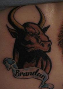 toro nome di brandon tatuaggio