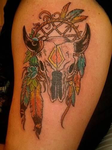 acchiappasogni  indiano con toro cranio tatuaggio