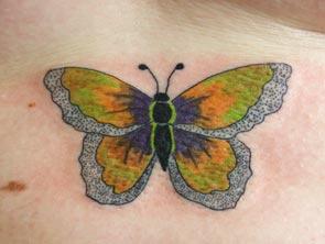 giallo e argento farfalla tatuaggio