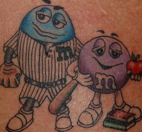 cartone animato m e ms tatuaggio
