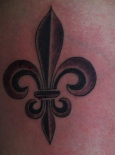 classico fleur de lis tatuaggio