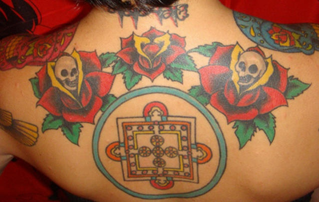 Day of the dead skulls with round symbol