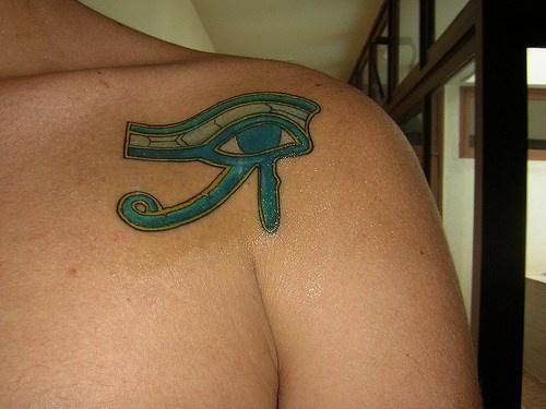 Blue eye of ra on shoulder