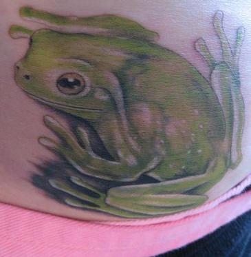Realistic fat toad tattoo