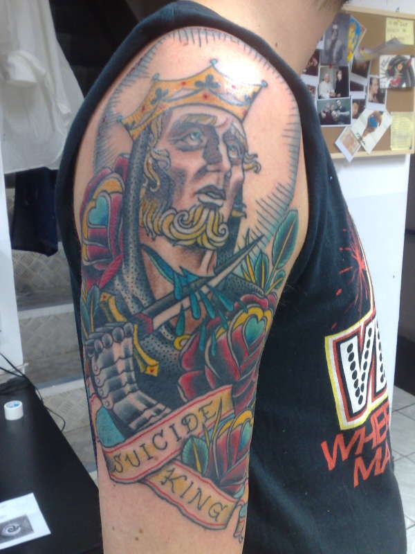 Suicide king of hearts in colour for Suicide kings tattoo