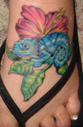 Hibiscus and blue chameleon on foot