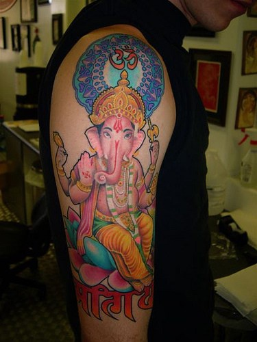"rosa ganesha indu"" tatuaggio sul braccio"