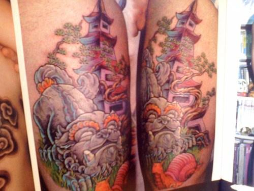 pagoda giapponese e la bestia tatuaggio