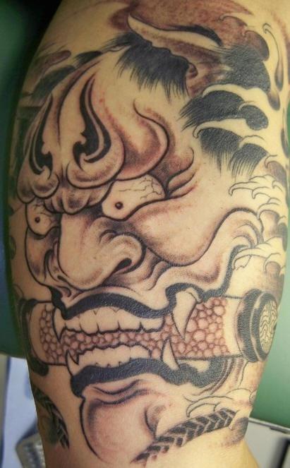demonio oni giaponese tatuaggio