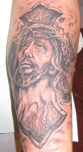 """gesu"""" cristiano in dolore tatuaggio"""