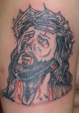 """gessu"""" con la corona di spine sanguinato tatuaggio"""
