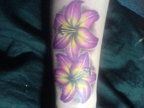 Pale purple alpine lily tattoo