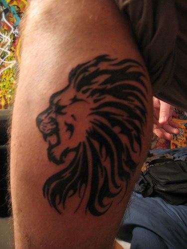 Lion head with tribal mane