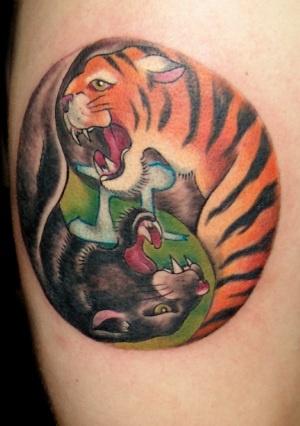 Pantera e tigre jing e jiang tatuaggio