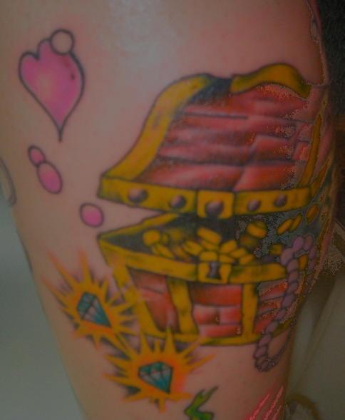 Pirate treasures hearts and ice tattoo