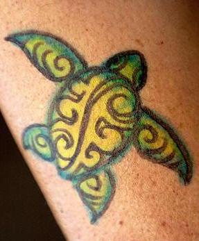 Very nice small sea turtle tattoo