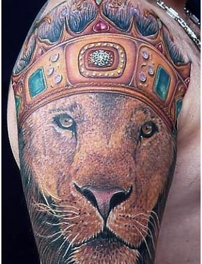 Tattoo crown with lions