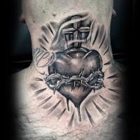 3D Blackwork Stil farbiges Hals Tattoo des menschlichen Herzens mit Reben und Kreuz