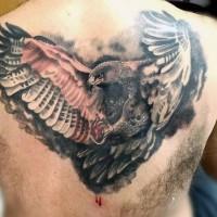 3D colorato dettagliato aquila tatuaggio su parte superiore della schiena