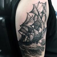 3D realistico nero e bianco vecchia nave a vela tatuaggio su braccio