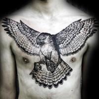 3D realistico inchiostro nero aquila volante tatuaggio su petto