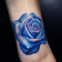 3D style amazing detailed leg tattoo of blue rose