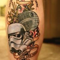Tatuaje en la pierna, tema preciosa de la guerra de las galaxias  con inscripción
