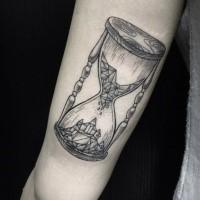 Black lines hourglass tattoo