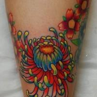 luminosa colorato fiore giapponese tatuaggio su stinco