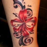 fresco colore brillante fiore giapponese tatuaggio su caviglia