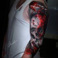 Cool skull tattoo on shoulder1