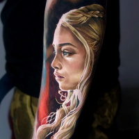 Daenerys mother of dragons frome Game of Thrones tattoo