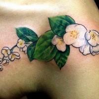 elegante bianco fiore gelsomino tatuaggio sulla spalla