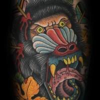 Bein Tattoo mit bösem schreiendem Pavian