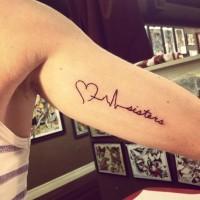 citazione sorelle di cuore battuta di vita tatuaggio su braccio