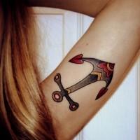vecchia scuola ancora  tatuaggio su braccio di ragazza