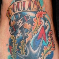 vecchia scuola ancora con lettere in fondo mare tatuaggio su piede