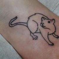 Tattoo mit einfachem süßem Nagetier in der Knöchelgegend