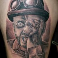Tatuaggio di inchiostro nero terrificante del ritratto di mostro
