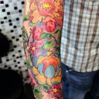 vivaci colori fiori giapponese tatuaggio su braccio