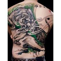 adorabile tigre cinese tatuaggio su tutta la schiena